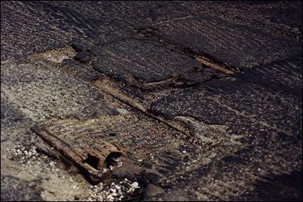 tracksbroadway-diag-manhole.jpg