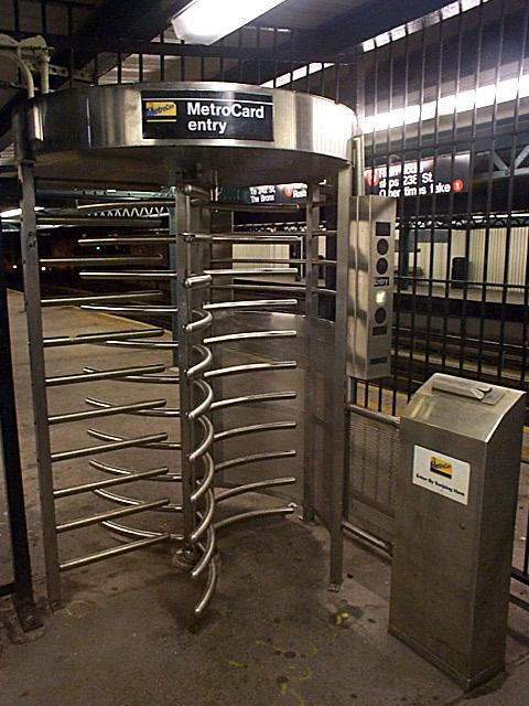(63k, 480x640)<br><b>Country:</b> United States<br><b>City:</b> New York<br><b>System:</b> New York City Transit<br><b>Line:</b> IRT West Side Line<br><b>Location:</b> 225th Street<br><b>Photo by:</b> Richard Brome<br><b>Date:</b> 2000<br><b>Notes:</b> Metrocard iron maiden turnstile<br><b>Viewed (this week/total):</b> 0 / 31308