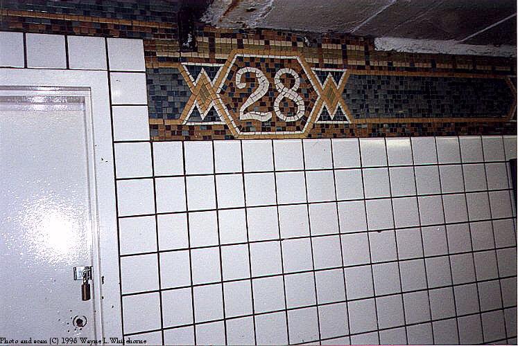 (102k, 747x500)<br><b>Country:</b> United States<br><b>City:</b> New York<br><b>System:</b> New York City Transit<br><b>Line:</b> IRT West Side Line<br><b>Location:</b> 28th Street<br><b>Photo by:</b> Wayne Whitehorne<br><b>Date:</b> 1998<br><b>Viewed (this week/total):</b> 1 / 3794