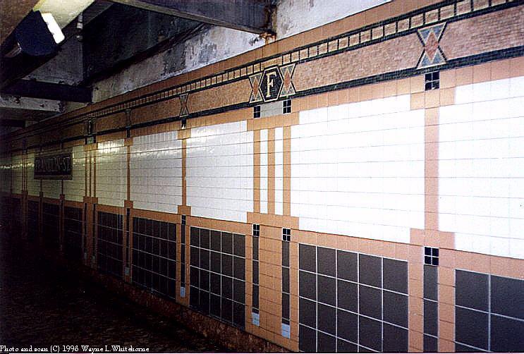 (93k, 743x502)<br><b>Country:</b> United States<br><b>City:</b> New York<br><b>System:</b> New York City Transit<br><b>Line:</b> IRT West Side Line<br><b>Location:</b> Franklin Street<br><b>Photo by:</b> Wayne Whitehorne<br><b>Date:</b> 1998<br><b>Viewed (this week/total):</b> 1 / 3586