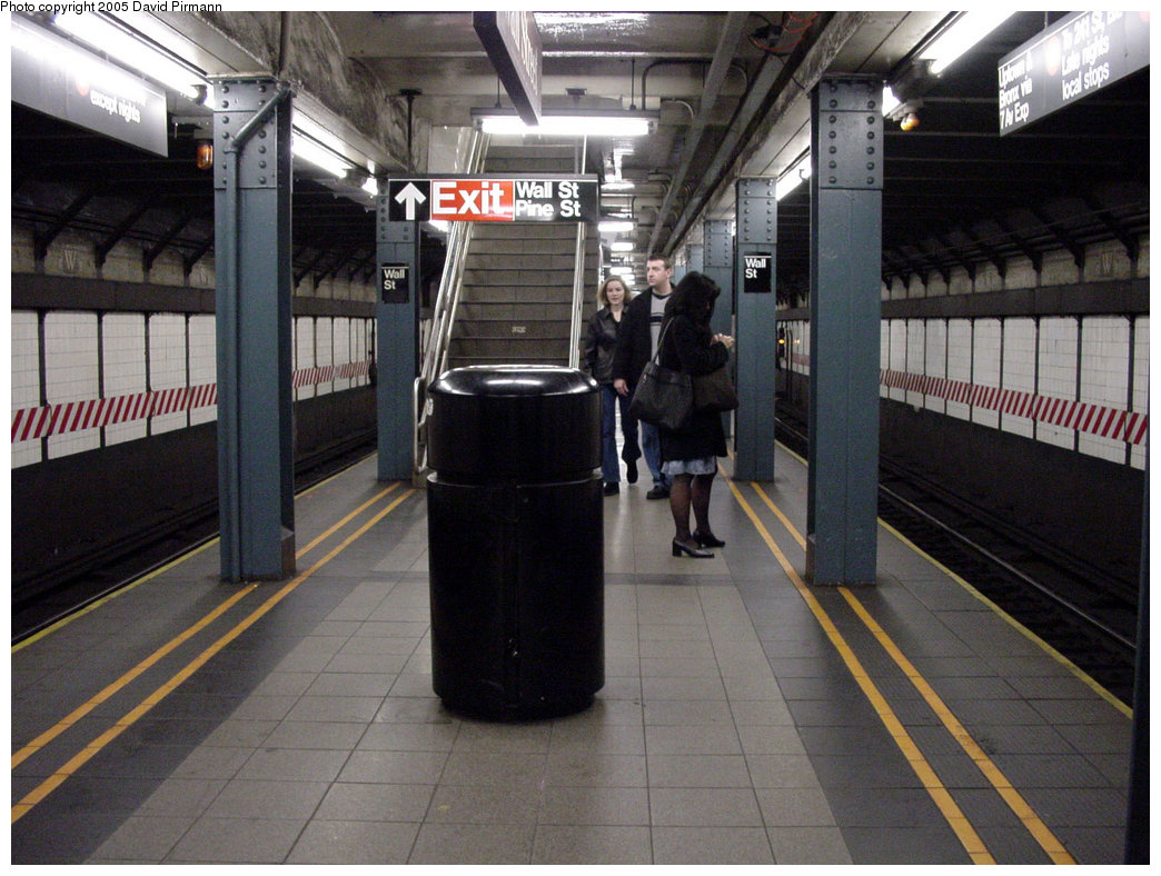 (227k, 1044x788)<br><b>Country:</b> United States<br><b>City:</b> New York<br><b>System:</b> New York City Transit<br><b>Line:</b> IRT West Side Line<br><b>Location:</b> Wall Street<br><b>Photo by:</b> David Pirmann<br><b>Date:</b> 3/26/2000<br><b>Viewed (this week/total):</b> 2 / 8471