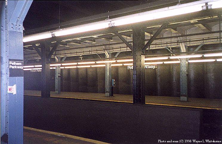 (82k, 744x482)<br><b>Country:</b> United States<br><b>City:</b> New York<br><b>System:</b> New York City Transit<br><b>Line:</b> IRT Dyre Ave. Line<br><b>Location:</b> Pelham Parkway<br><b>Photo by:</b> Wayne Whitehorne<br><b>Date:</b> 8/1/1998<br><b>Viewed (this week/total):</b> 1 / 4165
