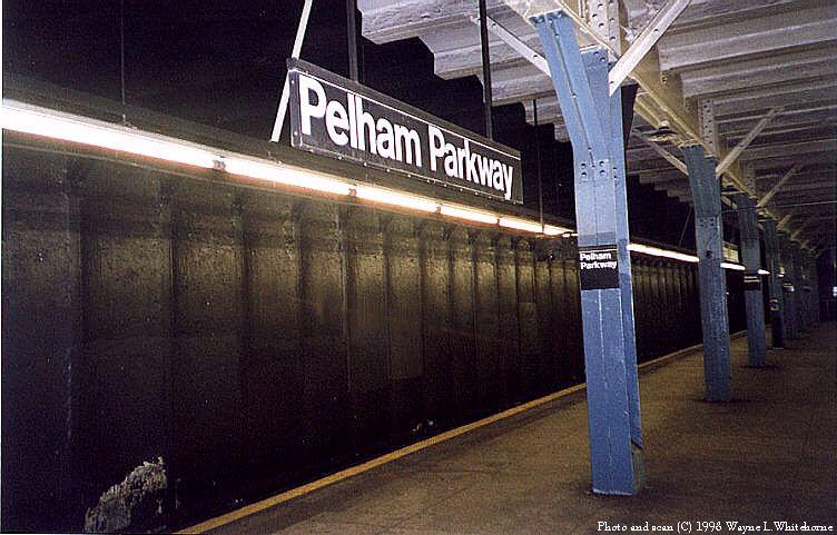 (85k, 752x481)<br><b>Country:</b> United States<br><b>City:</b> New York<br><b>System:</b> New York City Transit<br><b>Line:</b> IRT Dyre Ave. Line<br><b>Location:</b> Pelham Parkway<br><b>Photo by:</b> Wayne Whitehorne<br><b>Date:</b> 8/1/1998<br><b>Viewed (this week/total):</b> 2 / 4372