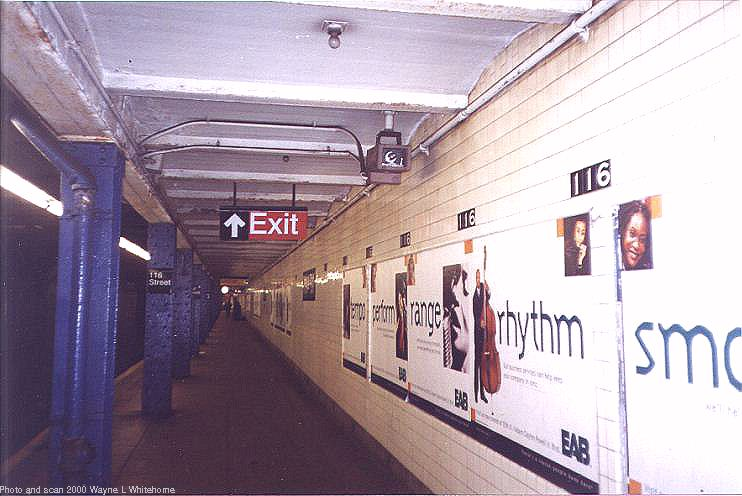 (65k, 742x496)<br><b>Country:</b> United States<br><b>City:</b> New York<br><b>System:</b> New York City Transit<br><b>Line:</b> IND 8th Avenue Line<br><b>Location:</b> 116th Street<br><b>Photo by:</b> Wayne Whitehorne<br><b>Date:</b> 4/15/2000<br><b>Viewed (this week/total):</b> 1 / 5303