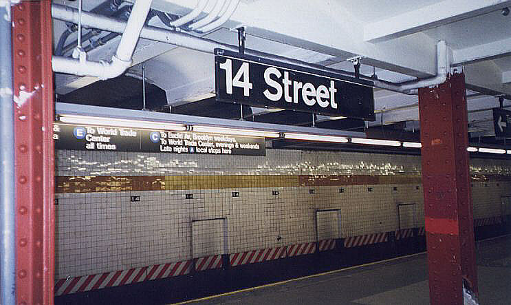 (85k, 743x443)<br><b>Country:</b> United States<br><b>City:</b> New York<br><b>System:</b> New York City Transit<br><b>Line:</b> IND 8th Avenue Line<br><b>Location:</b> 14th Street<br><b>Photo by:</b> Wayne Whitehorne<br><b>Date:</b> 12/19/1998<br><b>Viewed (this week/total):</b> 1 / 3175