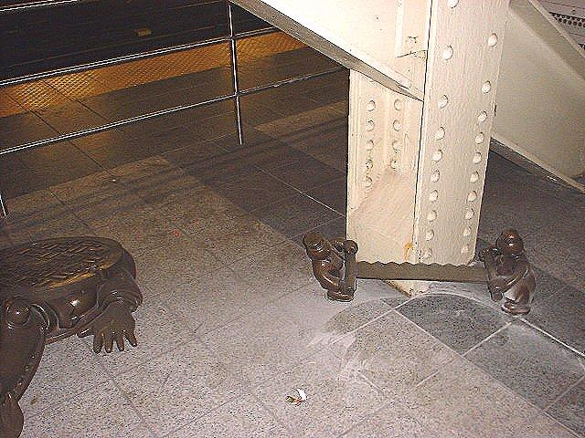 (99k, 640x480)<br><b>Country:</b> United States<br><b>City:</b> New York<br><b>System:</b> New York City Transit<br><b>Line:</b> IND 8th Avenue Line<br><b>Location:</b> 14th Street<br><b>Photo by:</b> Peggy Darlington<br><b>Date:</b> 2000<br><b>Artwork:</b> <i>Life Underground</i>, Tom Otterness, 2000<br><b>Viewed (this week/total):</b> 0 / 4451