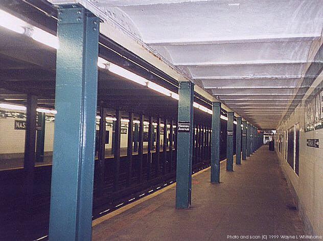 (69k, 632x471)<br><b>Country:</b> United States<br><b>City:</b> New York<br><b>System:</b> New York City Transit<br><b>Line:</b> IND Crosstown Line<br><b>Location:</b> Nassau Avenue<br><b>Photo by:</b> Wayne Whitehorne<br><b>Date:</b> 1/28/1999<br><b>Viewed (this week/total):</b> 1 / 5710