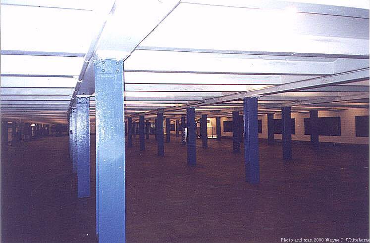 (56k, 747x492)<br><b>Country:</b> United States<br><b>City:</b> New York<br><b>System:</b> New York City Transit<br><b>Line:</b> IND Queens Boulevard Line<br><b>Location:</b> 67th Avenue<br><b>Photo by:</b> Wayne Whitehorne<br><b>Date:</b> 1/8/2000<br><b>Notes:</b> Mezzanine<br><b>Viewed (this week/total):</b> 0 / 4743