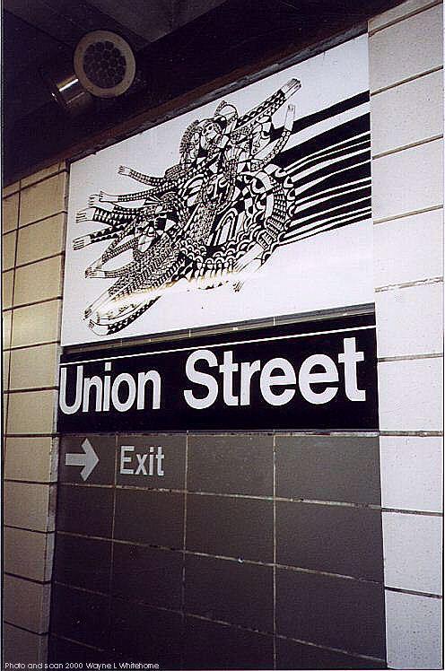 (85k, 496x748)<br><b>Country:</b> United States<br><b>City:</b> New York<br><b>System:</b> New York City Transit<br><b>Line:</b> BMT 4th Avenue Line<br><b>Location:</b> Union Street<br><b>Photo by:</b> Wayne Whitehorne<br><b>Date:</b> 1/15/2000<br><b>Artwork:</b> <i>CommUnion</i>, Emmett Wigglesworth, 1994<br><b>Notes:</b> Art installation, platform level.<br><b>Viewed (this week/total):</b> 4 / 4818