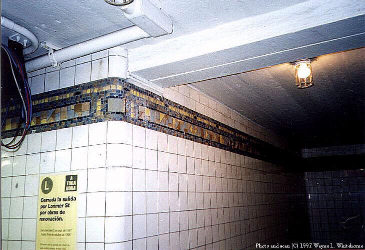 (90k, 729x499)<br><b>Country:</b> United States<br><b>City:</b> New York<br><b>System:</b> New York City Transit<br><b>Line:</b> BMT Canarsie Line<br><b>Location:</b> Jefferson Street<br><b>Route:</b> L<br><b>Photo by:</b> Wayne Whitehorne<br><b>Date:</b> 9/28/1997<br><b>Viewed (this week/total):</b> 1 / 3625
