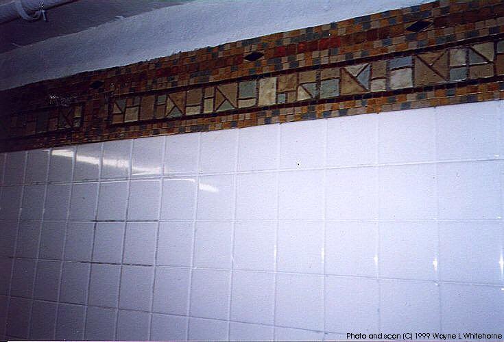 (64k, 735x500)<br><b>Country:</b> United States<br><b>City:</b> New York<br><b>System:</b> New York City Transit<br><b>Line:</b> BMT Canarsie Line<br><b>Location:</b> Lorimer Street<br><b>Route:</b> L<br><b>Photo by:</b> Wayne Whitehorne<br><b>Date:</b> 1/28/1999<br><b>Notes:</b> Refinished wall tile<br><b>Viewed (this week/total):</b> 0 / 3185