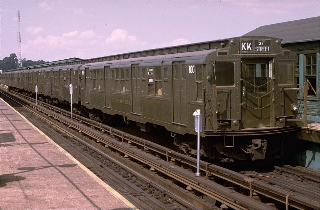 (208k, 1024x673)<br><b>Country:</b> United States<br><b>City:</b> New York<br><b>System:</b> New York City Transit<br><b>Line:</b> BMT Canarsie Line<br><b>Location:</b> Atlantic Avenue<br><b>Route:</b> Fan Trip<br><b>Car:</b> R-4 (American Car & Foundry, 1932-1933) 800 <br><b>Photo by:</b> Doug Grotjahn<br><b>Collection of:</b> Joe Testagrose<br><b>Date:</b> 7/29/1972<br><b>Viewed (this week/total):</b> 0 / 4851