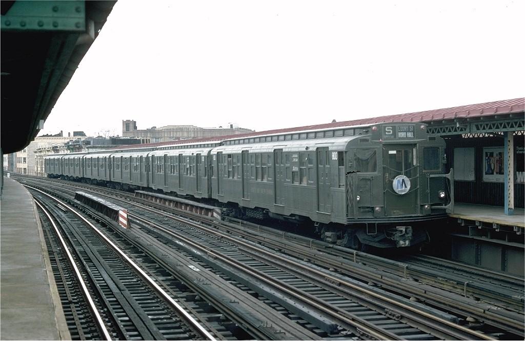 (172k, 1024x665)<br><b>Country:</b> United States<br><b>City:</b> New York<br><b>System:</b> New York City Transit<br><b>Line:</b> BMT West End Line<br><b>Location:</b> 55th Street<br><b>Route:</b> Fan Trip<br><b>Car:</b> R-4 (American Car & Foundry, 1932-1933) 800 <br><b>Photo by:</b> Doug Grotjahn<br><b>Collection of:</b> Joe Testagrose<br><b>Date:</b> 10/31/1976<br><b>Viewed (this week/total):</b> 0 / 4215