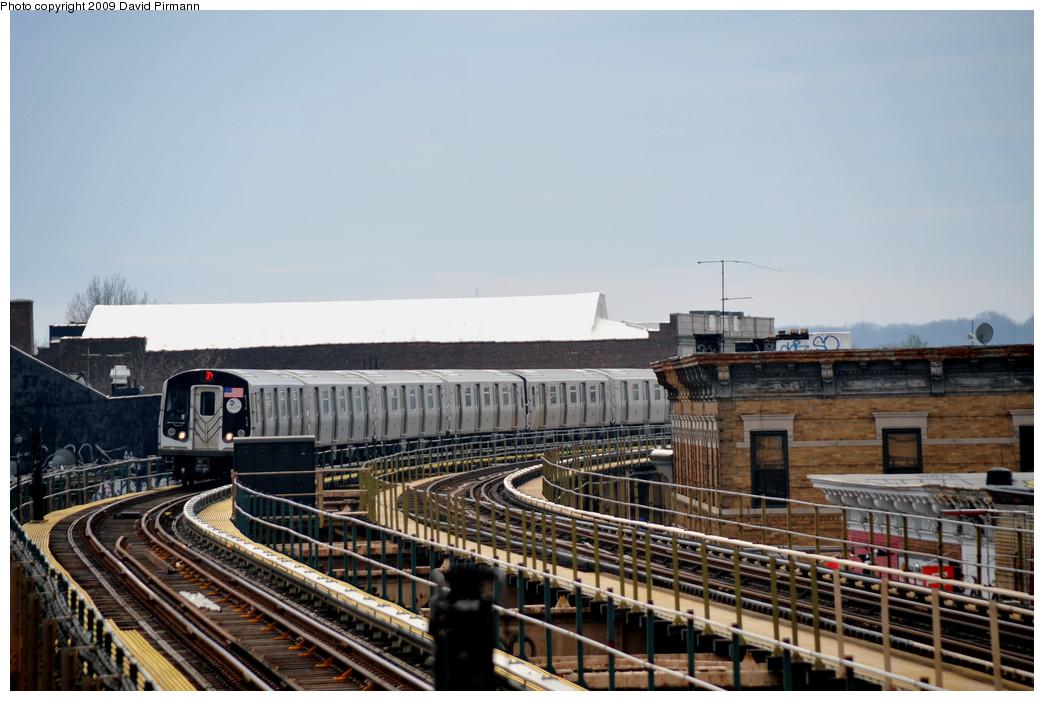 (239k, 1044x701)<br><b>Country:</b> United States<br><b>City:</b> New York<br><b>System:</b> New York City Transit<br><b>Line:</b> BMT Nassau Street-Jamaica Line<br><b>Location:</b> Woodhaven Boulevard<br><b>Route:</b> J<br><b>Car:</b> R-160A-1 (Alstom, 2005-2008, 4 car sets) 8520 <br><b>Photo by:</b> David Pirmann<br><b>Date:</b> 4/10/2009<br><b>Viewed (this week/total):</b> 0 / 1698