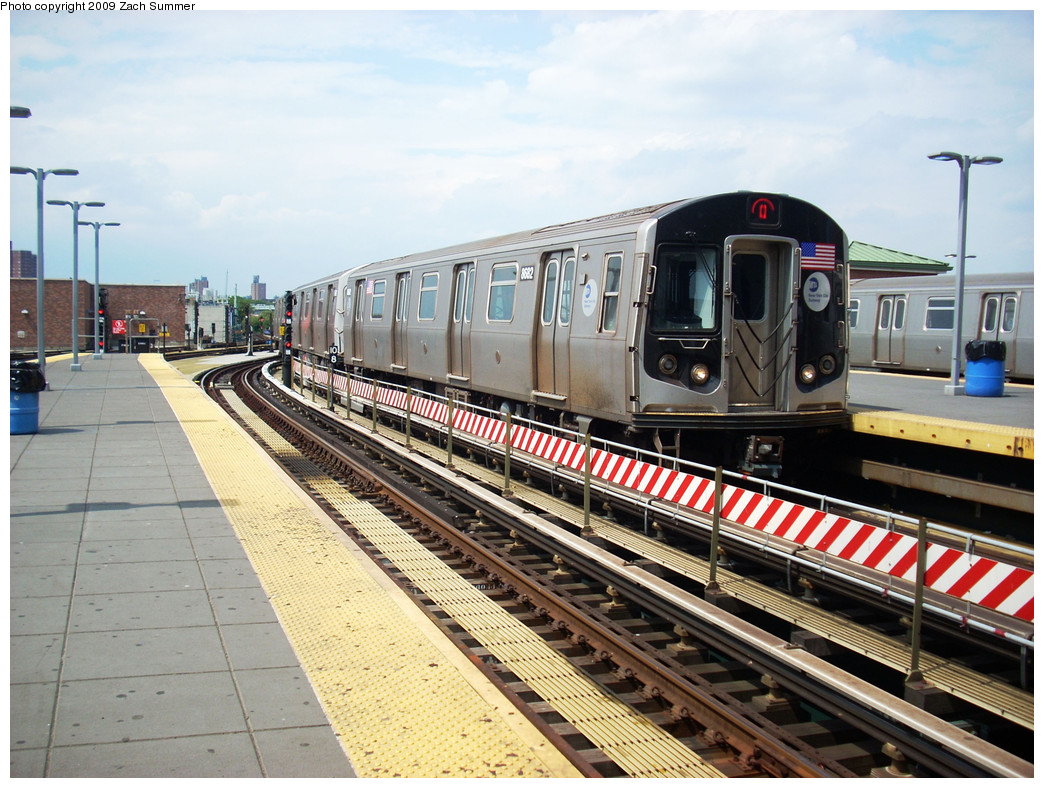 (305k, 1044x788)<br><b>Country:</b> United States<br><b>City:</b> New York<br><b>System:</b> New York City Transit<br><b>Location:</b> Coney Island/Stillwell Avenue<br><b>Route:</b> Q<br><b>Car:</b> R-160A-2 (Alstom, 2005-2008, 5 car sets) 8682 <br><b>Photo by:</b> Zach Summer<br><b>Date:</b> 6/2/2009<br><b>Viewed (this week/total):</b> 0 / 1791