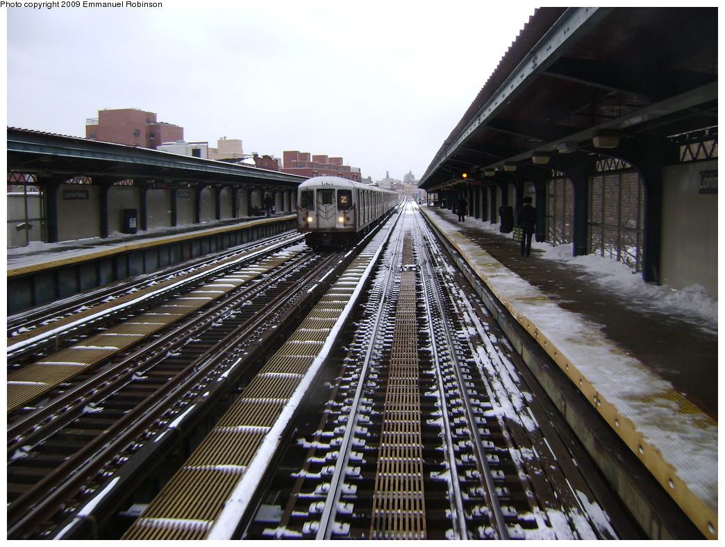 (283k, 1044x788)<br><b>Country:</b> United States<br><b>City:</b> New York<br><b>System:</b> New York City Transit<br><b>Line:</b> BMT Nassau Street-Jamaica Line<br><b>Location:</b> Lorimer Street<br><b>Route:</b> Z<br><b>Car:</b> R-42 (St. Louis, 1969-1970)  <br><b>Photo by:</b> Emmanuel Robinson<br><b>Date:</b> 3/2/2009<br><b>Viewed (this week/total):</b> 2 / 1788