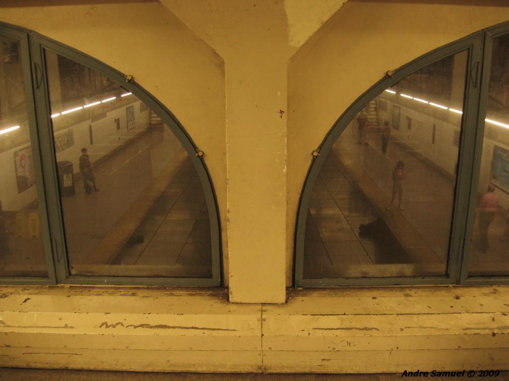 (170k, 1024x768)<br><b>Country:</b> United States<br><b>City:</b> New York<br><b>System:</b> New York City Transit<br><b>Line:</b> IRT East Side Line<br><b>Location:</b> 96th Street<br><b>Photo by:</b> Andre Samuel<br><b>Date:</b> 5/25/2009<br><b>Viewed (this week/total):</b> 1 / 1918