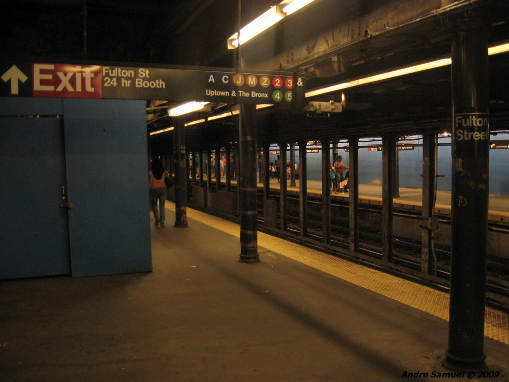 (183k, 1024x768)<br><b>Country:</b> United States<br><b>City:</b> New York<br><b>System:</b> New York City Transit<br><b>Line:</b> IRT East Side Line<br><b>Location:</b> Fulton Street<br><b>Photo by:</b> Andre Samuel<br><b>Date:</b> 5/25/2009<br><b>Viewed (this week/total):</b> 0 / 2256
