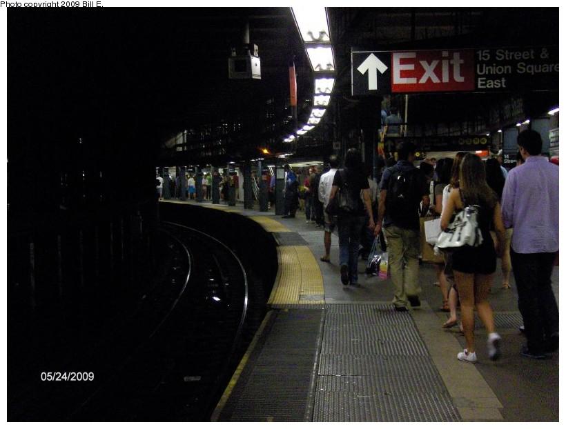 (118k, 820x622)<br><b>Country:</b> United States<br><b>City:</b> New York<br><b>System:</b> New York City Transit<br><b>Line:</b> IRT East Side Line<br><b>Location:</b> 14th Street/Union Square<br><b>Photo by:</b> Bill E.<br><b>Date:</b> 5/24/2009<br><b>Viewed (this week/total):</b> 1 / 2515