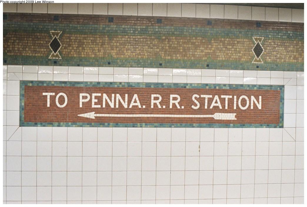 (185k, 1044x703)<br><b>Country:</b> United States<br><b>City:</b> New York<br><b>System:</b> New York City Transit<br><b>Line:</b> IRT West Side Line<br><b>Location:</b> 34th Street/Penn Station<br><b>Photo by:</b> Lee Winson<br><b>Date:</b> 5/5/2008<br><b>Viewed (this week/total):</b> 1 / 1052