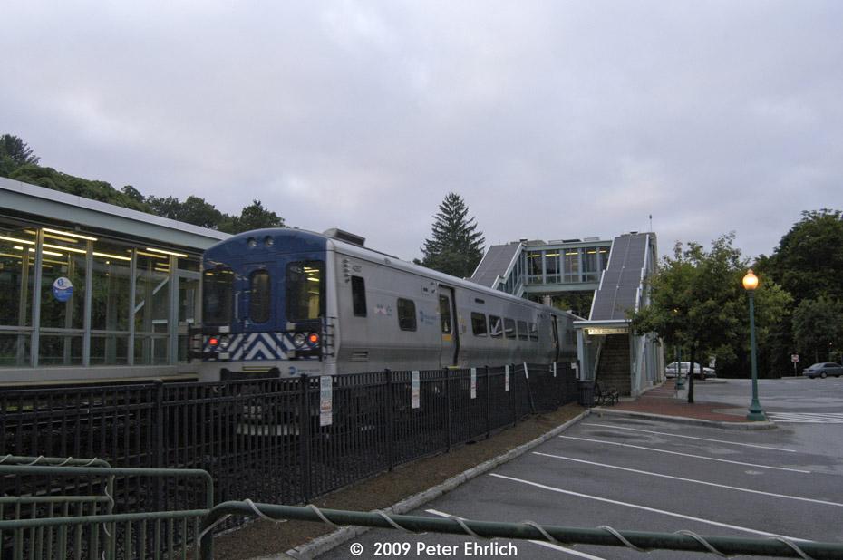 (168k, 930x618)<br><b>Country:</b> United States<br><b>System:</b> Metro-North Railroad (or Amtrak or Predecessor RR)<br><b>Line:</b> Metro North-Harlem Line<br><b>Location:</b> Croton Falls<br><b>Car:</b> MNRR M-7a EMU (Bombardier) 4059 <br><b>Photo by:</b> Peter Ehrlich<br><b>Date:</b> 7/22/2009<br><b>Notes:</b> Inbound<br><b>Viewed (this week/total):</b> 0 / 566