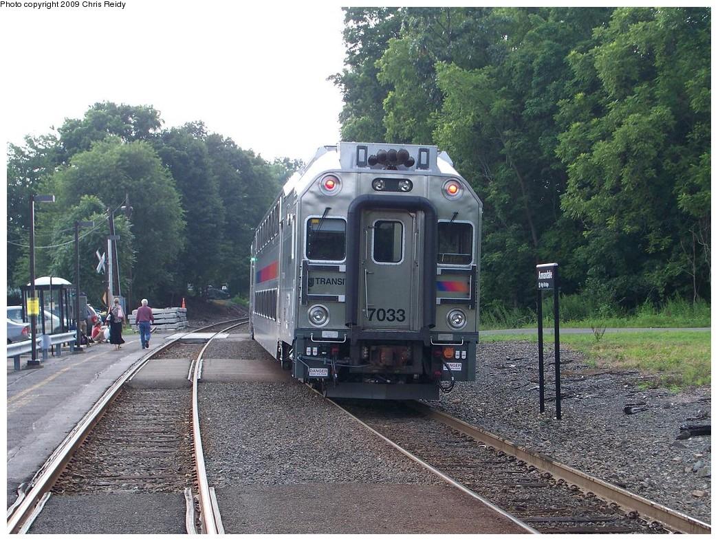 (305k, 1044x787)<br><b>Country:</b> United States<br><b>System:</b> NJ Transit (or Predecessor)<br><b>Line:</b> NJT Raritan Valley Line<br><b>Location:</b> Annandale<br><b>Car:</b> NJT Multilevel Coach 7033 <br><b>Photo by:</b> Chris Reidy<br><b>Date:</b> 7/22/2009<br><b>Viewed (this week/total):</b> 1 / 1141