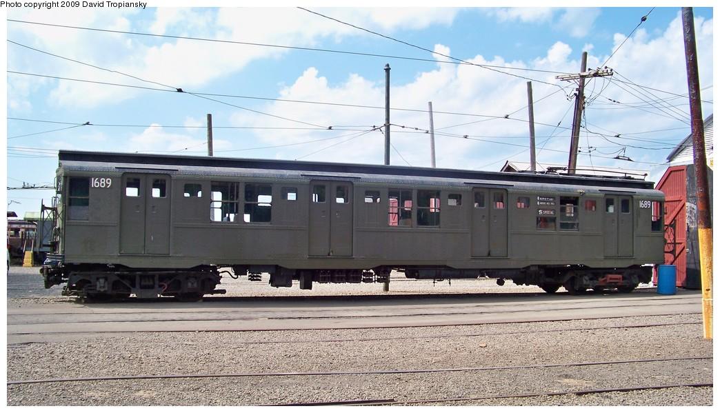 (216k, 1044x599)<br><b>Country:</b> United States<br><b>City:</b> East Haven/Branford, Ct.<br><b>System:</b> Shore Line Trolley Museum<br><b>Car:</b> R-9 (American Car & Foundry, 1940) 1689 <br><b>Photo by:</b> David Tropiansky<br><b>Date:</b> 9/5/2009<br><b>Viewed (this week/total):</b> 2 / 2535