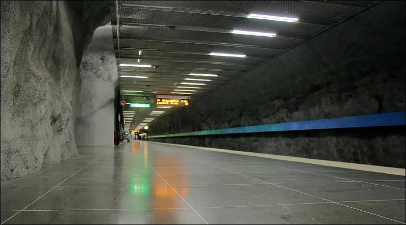 (95k, 796x442)<br><b>Country:</b> Sweden<br><b>City:</b> Stockholm<br><b>System:</b> Storstockholms Lokaltrafik<br><b>Line:</b> Tunnelbana Red Line<br><b>Location:</b> Bergshamra<br><b>Photo by:</b> Matthias Frey<br><b>Date:</b> 10/30/2008<br><b>Viewed (this week/total):</b> 1 / 452