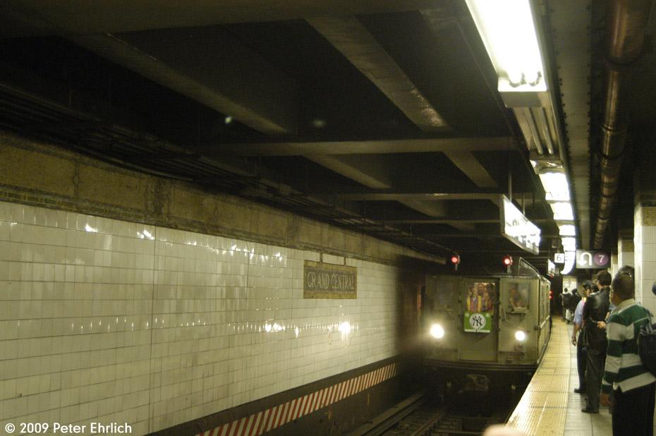 (179k, 930x618)<br><b>Country:</b> United States<br><b>City:</b> New York<br><b>System:</b> New York City Transit<br><b>Line:</b> IRT East Side Line<br><b>Location:</b> Grand Central<br><b>Route:</b> Fan Trip<br><b>Car:</b> Low-V (Museum Train) 5443 <br><b>Photo by:</b> Peter Ehrlich<br><b>Date:</b> 10/9/2009<br><b>Notes:</b> Northbound to Yankee Stadium.<br><b>Viewed (this week/total):</b> 1 / 1207