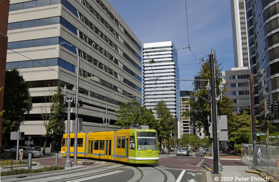 (258k, 930x607)<br><b>Country:</b> United States<br><b>City:</b> Portland, OR<br><b>System:</b> Portland Streetcar<br><b>Location:</b> SW 5th/Market<br><b>Car:</b> DPO-Inekon 12T 008 <br><b>Photo by:</b> Peter Ehrlich<br><b>Date:</b> 9/15/2009<br><b>Notes:</b> Inbound<br><b>Viewed (this week/total):</b> 2 / 861