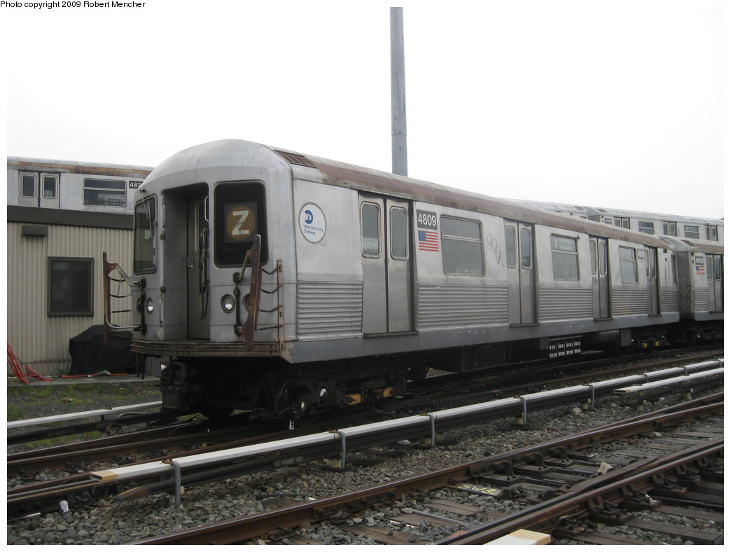 (176k, 1044x788)<br><b>Country:</b> United States<br><b>City:</b> New York<br><b>System:</b> New York City Transit<br><b>Location:</b> East New York Yard/Shops<br><b>Car:</b> R-42 (St. Louis, 1969-1970) 4809 <br><b>Photo by:</b> Robert Mencher<br><b>Date:</b> 10/14/2009<br><b>Viewed (this week/total):</b> 7 / 1105