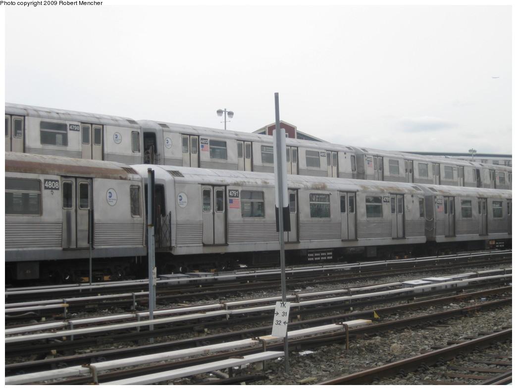 (169k, 1044x788)<br><b>Country:</b> United States<br><b>City:</b> New York<br><b>System:</b> New York City Transit<br><b>Location:</b> East New York Yard/Shops<br><b>Car:</b> R-42 (St. Louis, 1969-1970) 4798, 4813, 4808, 4791 <br><b>Photo by:</b> Robert Mencher<br><b>Date:</b> 10/14/2009<br><b>Viewed (this week/total):</b> 5 / 1418