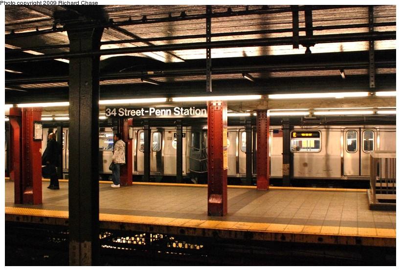 (148k, 820x555)<br><b>Country:</b> United States<br><b>City:</b> New York<br><b>System:</b> New York City Transit<br><b>Line:</b> IND 8th Avenue Line<br><b>Location:</b> 34th Street/Penn Station<br><b>Route:</b> E<br><b>Car:</b> R-160A/R-160B Series (Number Unknown)  <br><b>Photo by:</b> Richard Chase<br><b>Date:</b> 10/12/2009<br><b>Viewed (this week/total):</b> 1 / 2758