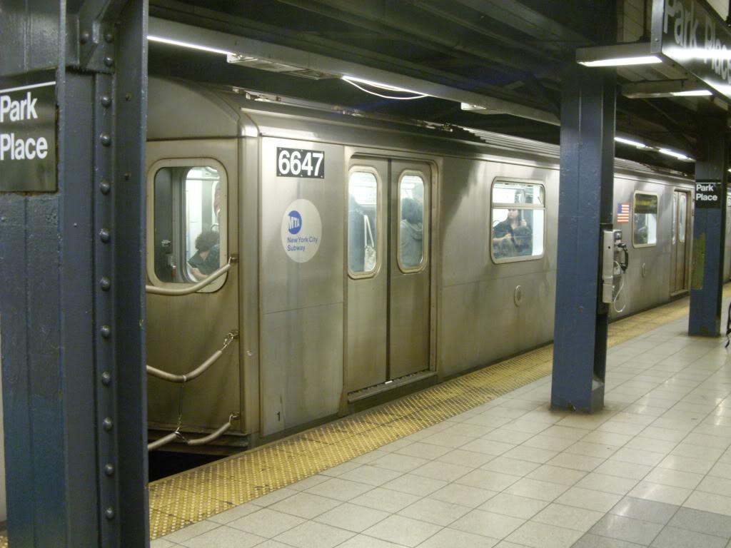 (150k, 1024x768)<br><b>Country:</b> United States<br><b>City:</b> New York<br><b>System:</b> New York City Transit<br><b>Line:</b> IRT West Side Line<br><b>Location:</b> Park Place<br><b>Route:</b> 2<br><b>Car:</b> R-142 (Primary Order, Bombardier, 1999-2002) 6647 <br><b>Photo by:</b> Leonard Wilson<br><b>Date:</b> 10/10/2009<br><b>Viewed (this week/total):</b> 7 / 2428