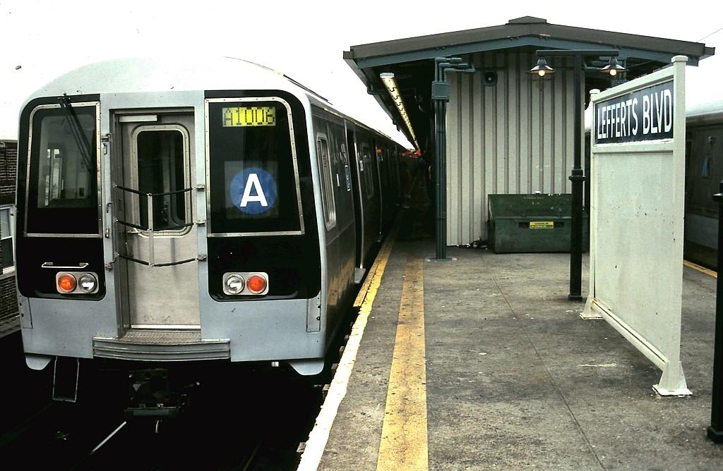 (184k, 1024x668)<br><b>Country:</b> United States<br><b>City:</b> New York<br><b>System:</b> New York City Transit<br><b>Line:</b> IND Fulton Street Line<br><b>Location:</b> Lefferts Boulevard<br><b>Route:</b> A<br><b>Car:</b> R-110B (Bombardier, 1992) 3009 <br><b>Collection of:</b> John Barnes<br><b>Date:</b> 9/2/1993<br><b>Viewed (this week/total):</b> 4 / 5087