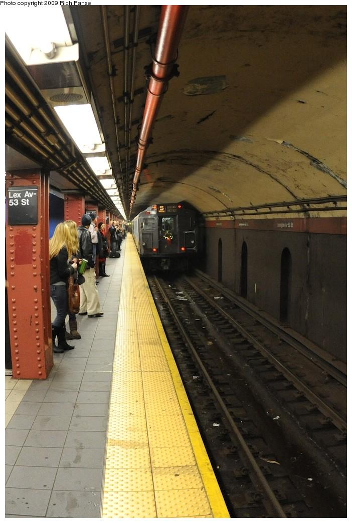 (181k, 702x1044)<br><b>Country:</b> United States<br><b>City:</b> New York<br><b>System:</b> New York City Transit<br><b>Line:</b> IND Queens Boulevard Line<br><b>Location:</b> Lexington Avenue-53rd Street<br><b>Route:</b> Museum Train Service (V)<br><b>Car:</b> R-7A (Pullman, 1938) 1575 <br><b>Photo by:</b> Richard Panse<br><b>Date:</b> 12/13/2009<br><b>Viewed (this week/total):</b> 2 / 1587
