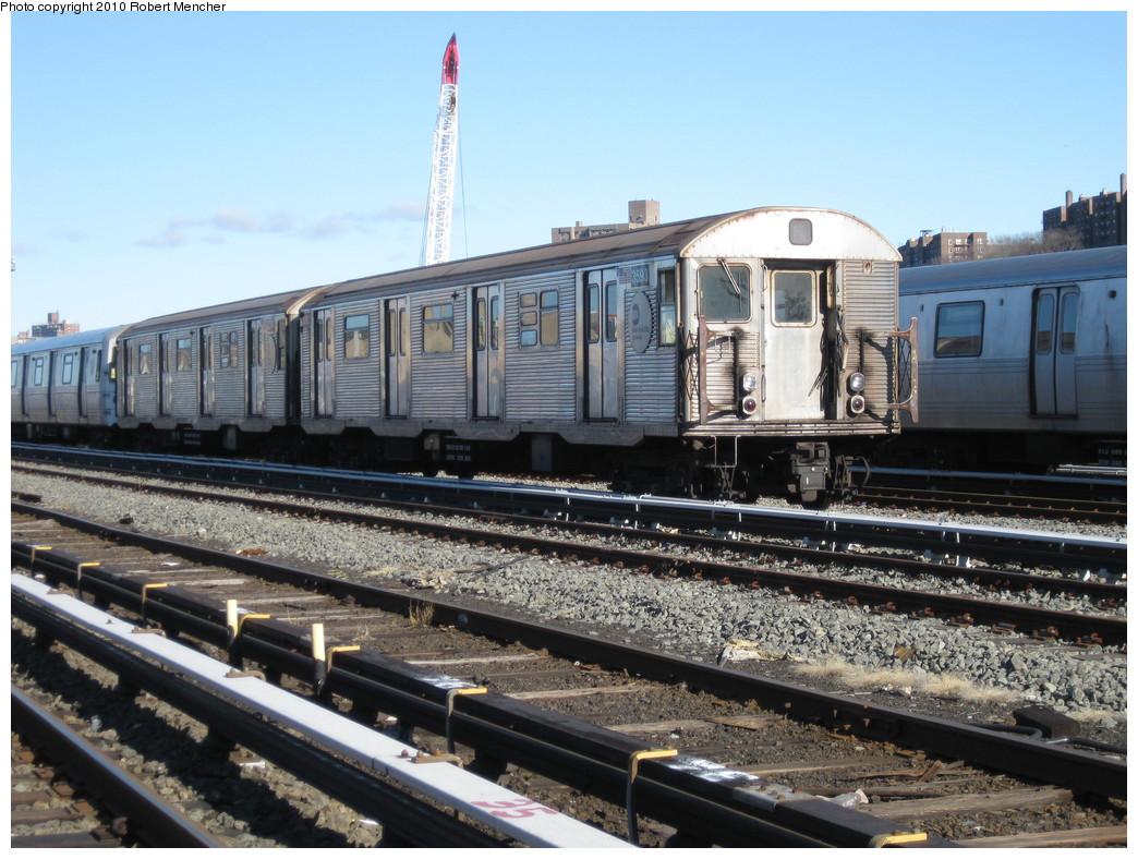 (244k, 1044x788)<br><b>Country:</b> United States<br><b>City:</b> New York<br><b>System:</b> New York City Transit<br><b>Location:</b> 207th Street Yard<br><b>Car:</b> R-32 (Budd, 1964) 3593 <br><b>Photo by:</b> Robert Mencher<br><b>Date:</b> 1/18/2010<br><b>Notes:</b> Scrap<br><b>Viewed (this week/total):</b> 0 / 1442