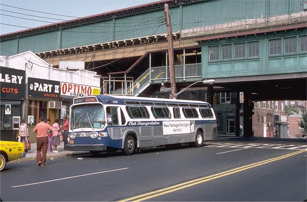 (259k, 1024x673)<br><b>Country:</b> United States<br><b>City:</b> New York<br><b>System:</b> New York City Transit<br><b>Line:</b> IRT White Plains Road Line<br><b>Location:</b> 238th Street (Nereid Avenue)<br><b>Photo by:</b> Doug Grotjahn<br><b>Collection of:</b> Joe Testagrose<br><b>Date:</b> 7/17/1982<br><b>Notes:</b> View of station with ClubTransportation bus #459 on Rt. 26<br><b>Viewed (this week/total):</b> 3 / 5584