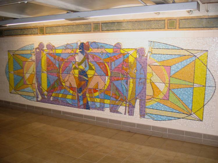 (73k, 750x562)<br><b>Country:</b> United States<br><b>City:</b> New York<br><b>System:</b> New York City Transit<br><b>Line:</b> IRT East Side Line<br><b>Location:</b> 125th Street<br><b>Photo by:</b> Robbie Rosenfeld<br><b>Date:</b> 3/1/2005<br><b>Artwork:</b> <i>Polyrhythmics of Consciousness and Light</i>, Valerie Maynard, 2002<br><b>Viewed (this week/total):</b> 3 / 3625