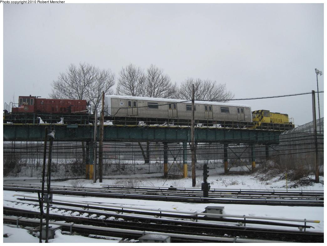 (217k, 1044x788)<br><b>Country:</b> United States<br><b>City:</b> New York<br><b>System:</b> New York City Transit<br><b>Location:</b> Coney Island Yard<br><b>Car:</b> R-44 SIRT (St. Louis, 1971-1973) 435 <br><b>Photo by:</b> Robert Mencher<br><b>Date:</b> 2/16/2010<br><b>Viewed (this week/total):</b> 0 / 1539