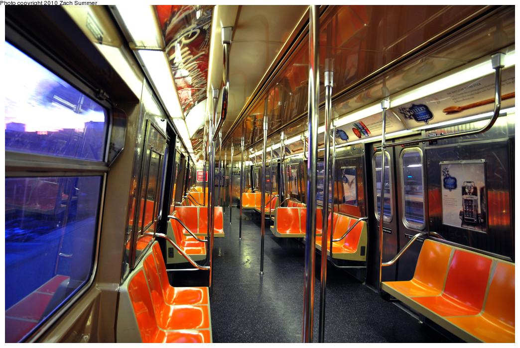 (301k, 1044x700)<br><b>Country:</b> United States<br><b>City:</b> New York<br><b>System:</b> New York City Transit<br><b>Route:</b> Q<br><b>Car:</b> R-68A (Kawasaki, 1988-1989) 5178 <br><b>Photo by:</b> Zach Summer<br><b>Date:</b> 1/13/2010<br><b>Viewed (this week/total):</b> 6 / 5812