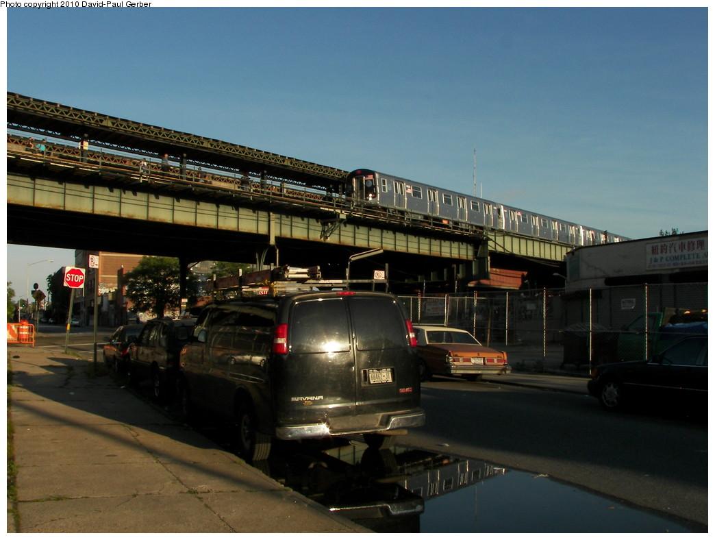 (241k, 1044x788)<br><b>Country:</b> United States<br><b>City:</b> New York<br><b>System:</b> New York City Transit<br><b>Line:</b> BMT West End Line<br><b>Location:</b> 62nd Street<br><b>Route:</b> M<br><b>Car:</b> R-160A-1 (Alstom, 2005-2008, 4 car sets)  <br><b>Photo by:</b> David-Paul Gerber<br><b>Date:</b> 6/11/2010<br><b>Notes:</b> On 14th Ave at 62nd Street<br><b>Viewed (this week/total):</b> 6 / 1673