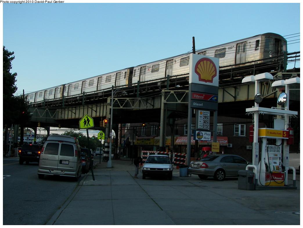 (251k, 1044x788)<br><b>Country:</b> United States<br><b>City:</b> New York<br><b>System:</b> New York City Transit<br><b>Line:</b> BMT West End Line<br><b>Location:</b> 71st Street<br><b>Route:</b> D<br><b>Car:</b> R-68 (Westinghouse-Amrail, 1986-1988) 2554 <br><b>Photo by:</b> David-Paul Gerber<br><b>Date:</b> 6/11/2010<br><b>Notes:</b> On 16th Ave and 73rd Street<br><b>Viewed (this week/total):</b> 4 / 1633