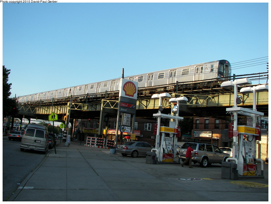 (258k, 1044x788)<br><b>Country:</b> United States<br><b>City:</b> New York<br><b>System:</b> New York City Transit<br><b>Line:</b> BMT West End Line<br><b>Location:</b> 71st Street<br><b>Route:</b> M<br><b>Car:</b> R-160A-1 (Alstom, 2005-2008, 4 car sets) 8576 <br><b>Photo by:</b> David-Paul Gerber<br><b>Date:</b> 6/11/2010<br><b>Notes:</b> On 16th Ave and 73rd Street - - final Bay Parkway-bound M train for the night<br><b>Viewed (this week/total):</b> 7 / 1664