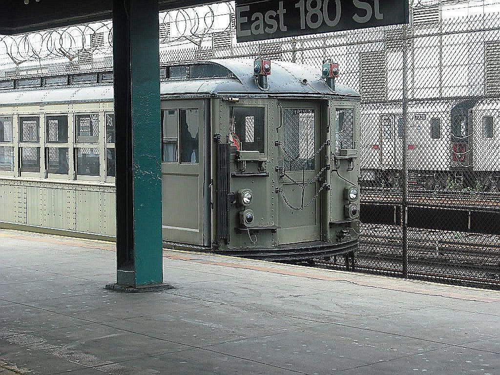 (278k, 1024x768)<br><b>Country:</b> United States<br><b>City:</b> New York<br><b>System:</b> New York City Transit<br><b>Line:</b> IRT White Plains Road Line<br><b>Location:</b> East 180th Street<br><b>Route:</b> Museum Train Service<br><b>Car:</b> Low-V (Museum Train)  <br><b>Photo by:</b> Alize Jarrett<br><b>Date:</b> 10/12/2009<br><b>Viewed (this week/total):</b> 0 / 1691