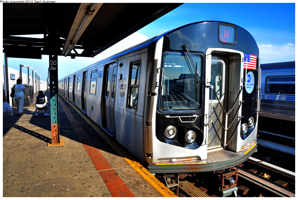 (321k, 1044x700)<br><b>Country:</b> United States<br><b>City:</b> New York<br><b>System:</b> New York City Transit<br><b>Line:</b> BMT West End Line<br><b>Location:</b> 20th Avenue<br><b>Route:</b> M<br><b>Car:</b> R-160A-1 (Alstom, 2005-2008, 4 car sets) 8576 <br><b>Photo by:</b> Zach Summer<br><b>Date:</b> 6/24/2010<br><b>Viewed (this week/total):</b> 1 / 1452