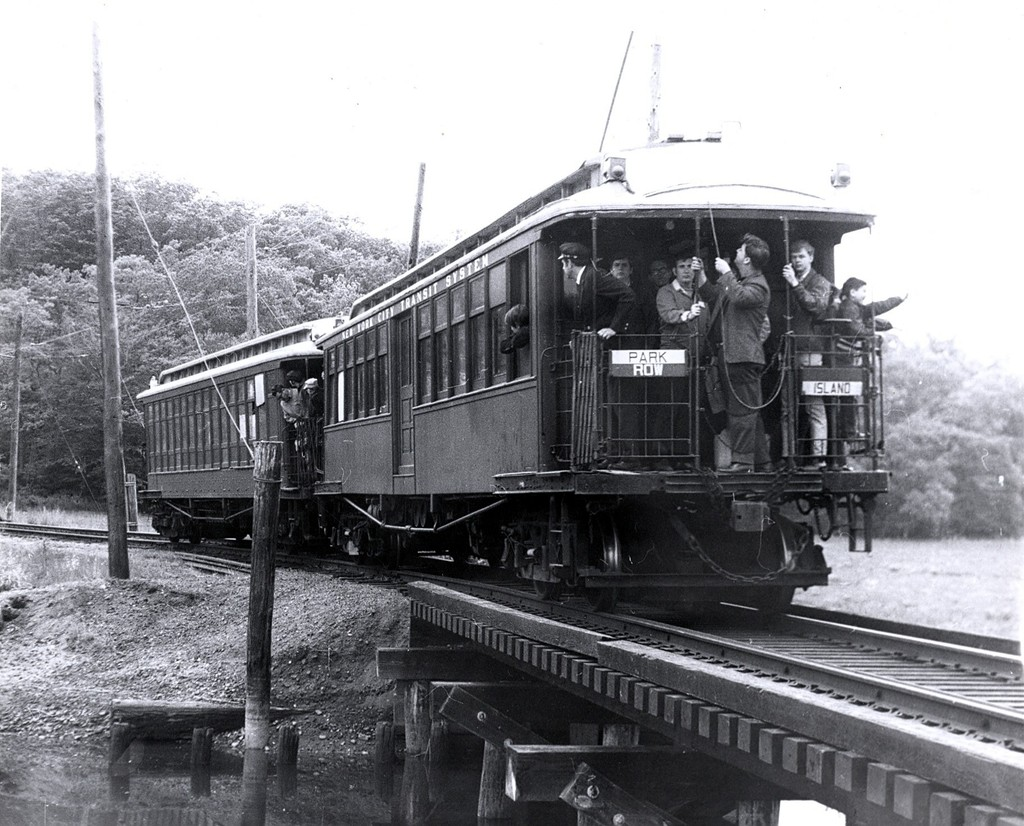 (228k, 1024x826)<br><b>Country:</b> United States<br><b>City:</b> East Haven/Branford, Ct.<br><b>System:</b> Shore Line Trolley Museum<br><b>Car:</b> BMT Elevated Gate Car 659 <br><b>Collection of:</b> George Conrad Collection<br><b>Date:</b> 5/24/1969<br><b>Viewed (this week/total):</b> 8 / 2593