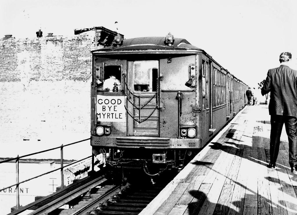 (219k, 1024x741)<br><b>Country:</b> United States<br><b>City:</b> New York<br><b>System:</b> New York City Transit<br><b>Line:</b> BMT Myrtle Avenue Line<br><b>Location:</b> Washington Avenue<br><b>Route:</b> Fan Trip<br><b>Car:</b> BMT Q 1622 <br><b>Collection of:</b> George Conrad Collection<br><b>Date:</b> 10/5/1969<br><b>Viewed (this week/total):</b> 0 / 3191