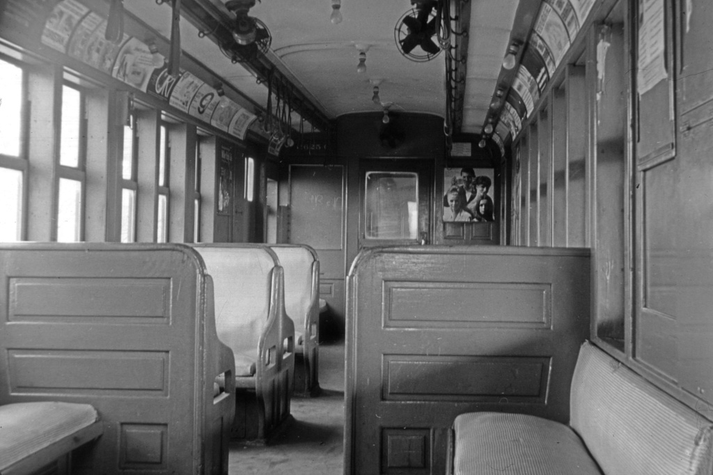 (201k, 1024x682)<br><b>Country:</b> United States<br><b>City:</b> New York<br><b>System:</b> New York City Transit<br><b>Car:</b> BMT Q 1625 <br><b>Collection of:</b> David Pirmann<br><b>Date:</b> 6/22/1966<br><b>Viewed (this week/total):</b> 0 / 6608