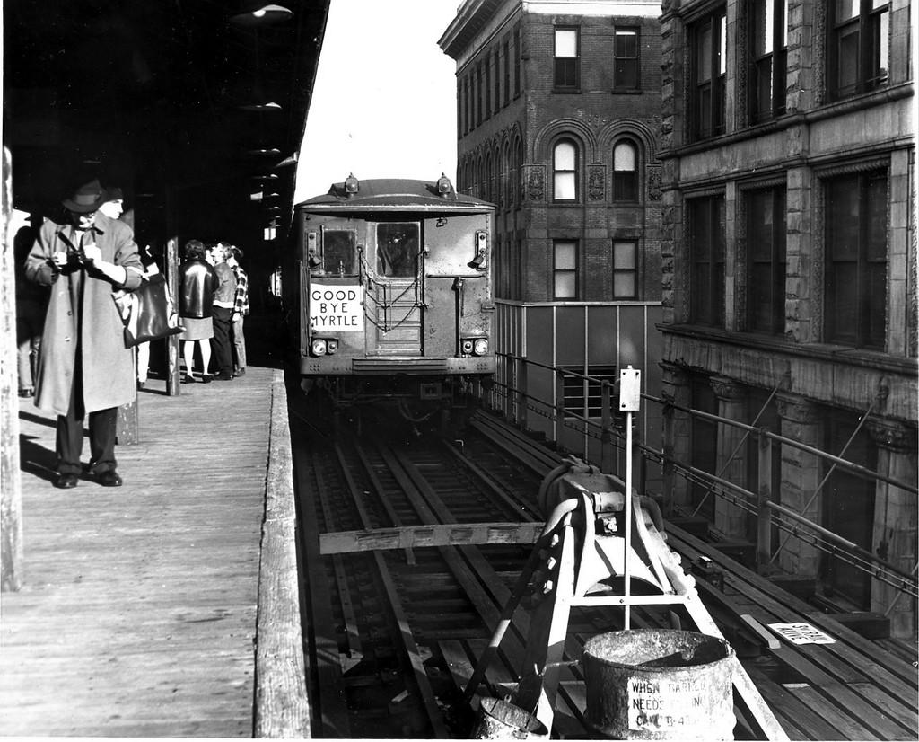 (228k, 1024x826)<br><b>Country:</b> United States<br><b>City:</b> New York<br><b>System:</b> New York City Transit<br><b>Line:</b> BMT Myrtle Avenue Line<br><b>Location:</b> Bridge/Jay Street<br><b>Route:</b> Fan Trip<br><b>Car:</b> BMT Q  <br><b>Collection of:</b> George Conrad Collection<br><b>Date:</b> 10/5/1969<br><b>Viewed (this week/total):</b> 0 / 5902